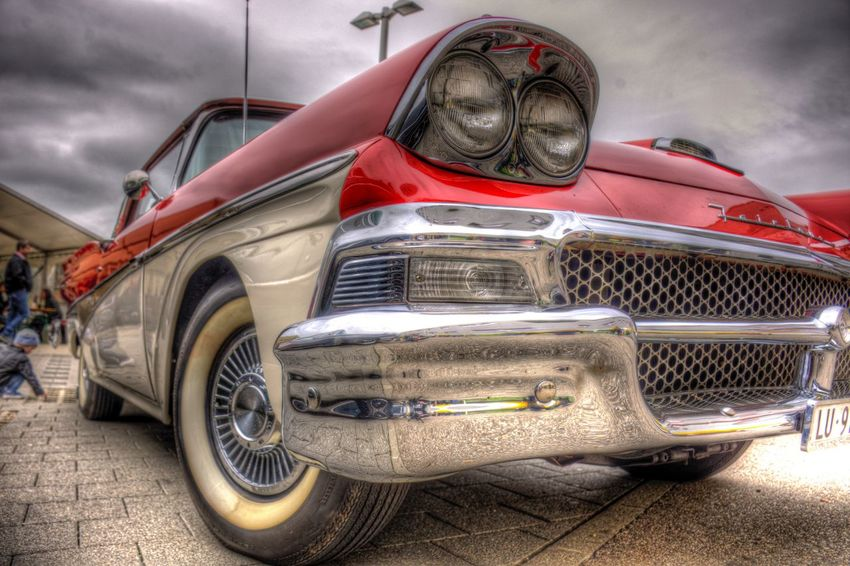DDESIGN HDR PICTURE EyeEm Best Shots HDR First Eyeem Photo Mode Of Transportation Transportation Land Vehicle Motor Vehicle Car Cloud - Sky Retro Styled The Past Outdoors Vintage Car Stationary Day No People Red Sky Luxury Headlight Street Nature History EyeEmNewHere EyeEmNewHere The Photojournalist - 2018 EyeEm Awards The Still Life Photographer - 2018 EyeEm Awards