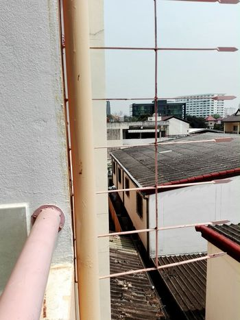 Free falling. EyeEmNewHere EyeEm Best Shots Architecture Dorm Life Freedom Built Structure Lifestyles Unique Borntobewild MyDay Chiangmai Thailand