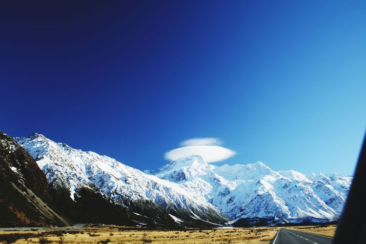 cloud catcher Mountain Endless Road Cloud Cloud Catching Mt Cook Snow Winter Mountain Range Scenics Cold Temperature Snowcapped Mountain Nature Mountain Peak No People Blue Landscape Sky Day Travel Destinations Vacations Beauty In Nature Outdoors EyeEmNewHere