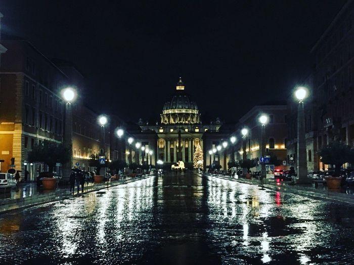 Night Citylights Rome Italy Vaticanbynight Reflections Rain City