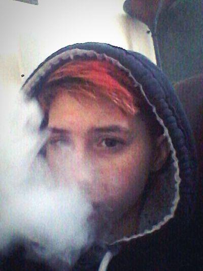 Transisbeautiful Transgenderpride Thisiswhattranslookslike Transguy Ftm Transgender That's Me Selfie Young Adult Headshot Portrait Vapecommunity VapeLife