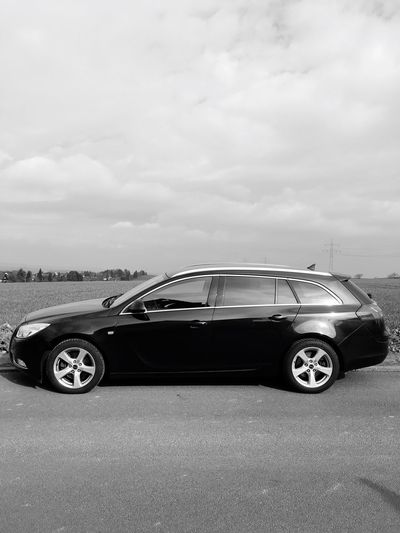 …this weekend; cruising around w/ this Opel #Insignia!