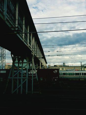 雨上がりで、ジメジメしてます。帰ります。🚃👋 Public Transportation Train Station Railway Station