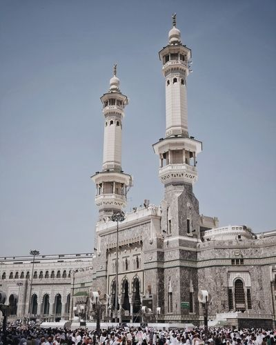 King Fadh gate at Al-Haram mosque. Moslem Umrah Built Structure Architecture Building Exterior Sky Travel Destinations Travel Building Tourism History The Past Low Angle View Clear Sky Nature Tower Day Religion No People Outdoors City Place Of Worship