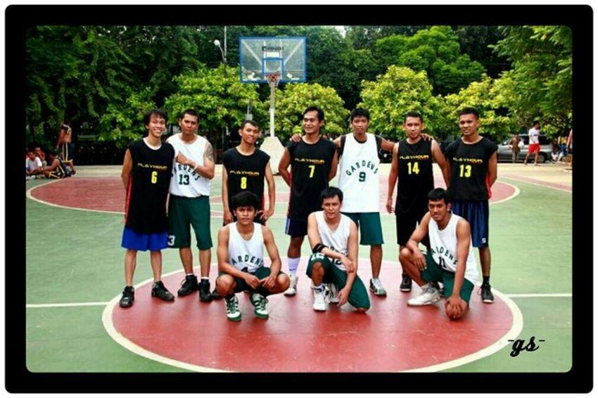 Team__(7) Basketball Portrait Enjoying Life