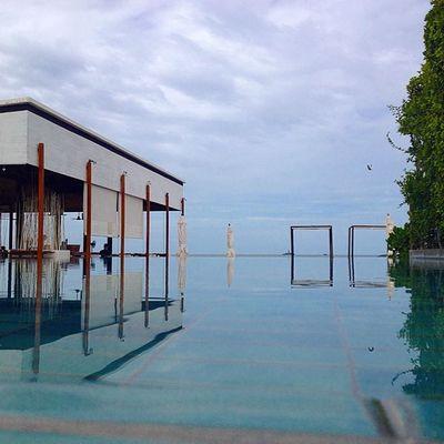 Morning Sea Pool Beach Huahin Thailand Thaionly