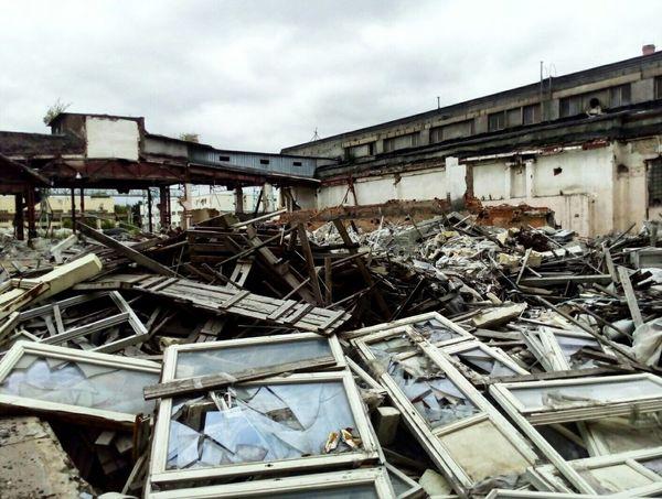ДОМОДЕДОВО завод необычно разрушено