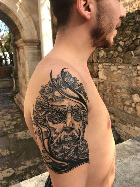 Tattoos Tattoomodels Dotwork Antalya Blackandwhite Blackwork Kaleiçi New #Work Adult Mid Adult Individuality One Person People Shirtless Human Back