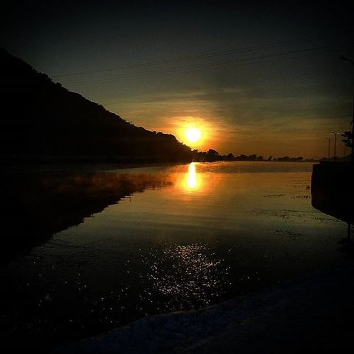 Wanderlust_sun UdaipurMorningPicNumber10 Udaipur Mornings Bikeride Sun_cic Fleets Freekrs Mirror Mirrorimage Fatehsagar InstaPicOfTheMorning AfterGymSnap Sunrise Dslrpic Reunite FirstSnapOfTheDay Cublible2tent AtrimedCluff ....... Mrng to all ☺😀😊