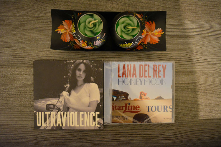 Gotta love Lana Arrangement Art Cd Close-up Cover Creativity Honeymoon Indoors  Lana Del Rey LDR Music Table Text ULTRAVIOLENCE Album Album Cover Celebrity Candles