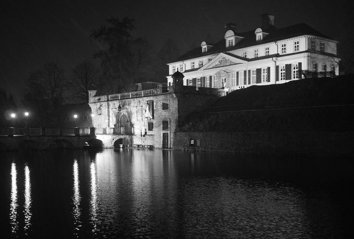 Moated Castle - MAinLoveWithCreation and Reflection Reflections Reflection_collection Reflections In The Water Castle Castles Moated Castle Illuminated Architecture Night Black And White Bnw Bnw_collection Bnw_captures Bnw Photography Bnw_maniac Mono Monochrome Monochromatic Monochrome Photography Water Water Reflections Building Exterior Beautiful Places - 09.12.2017 - #MoatedCastle #BadPyrmont #Germany