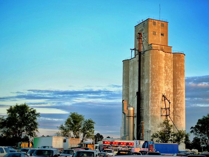 Small Town USA Color Photography Rural America A Day In The Life Sunset Grain Elevator