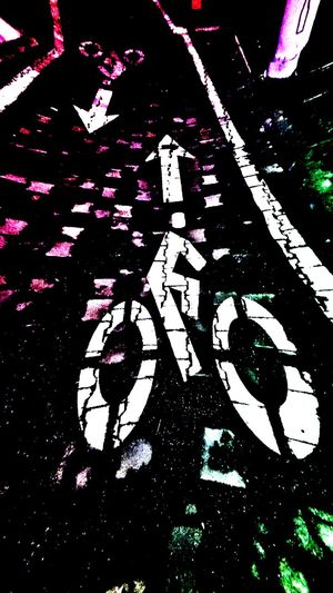 Yaya Geçidi Renkli Yürüyüşler Bisiklet Yolu Dikkat Bycicle Road Dark Road Taken By Me Takip Et Beni Izle Watching Me!