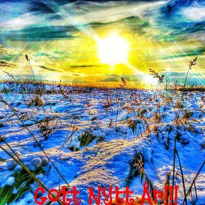 Gottnytt år! 2013 2014 Sol sun snö snow moln himmel sky cloud