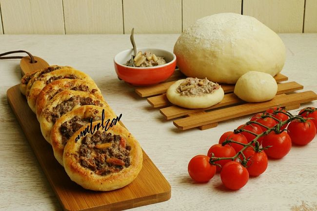 Bread Food Bakery Food And Drink Loaf Of Bread Healthy Eating Safeha Meatloaf Meat Home Homemade Homemade Bread Homemade Food Homemadebread Analool