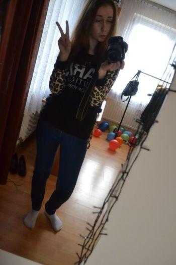 Hi! That's Me Crazy Me Pantera Mrau Cheese! I Love EyeEm Model Pose ^o^ <3