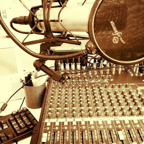 ラジオ パーソナリティ
