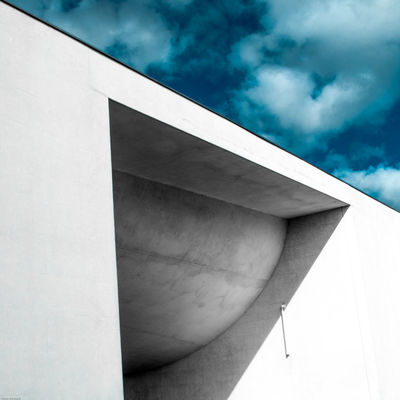 revisit 030 Architecture Brutalism Building Exterior Built Structure Cloud - Sky Concrete Day Low Angle View Minimal Minimalism Minimalz No People Outdoors Shadows Sky Urban Geometry The Architect - 2017 EyeEm Awards