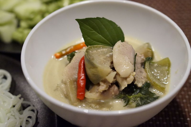 Green Curry Chicken Thai Food Spicy Thai Food Spicy Food Picante Il Cibo Healthy Eating Food Bowl Food And Drink Soup No People Indoors