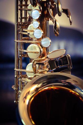 Música que toca alma. Music Musical Instrument Saxophone Gold Colored Jazz Music Jazz Musica Instrumento Musicalidade Musical Photos Dourado Saxofone Music Santiago De Chile Santiago Saxophonelife