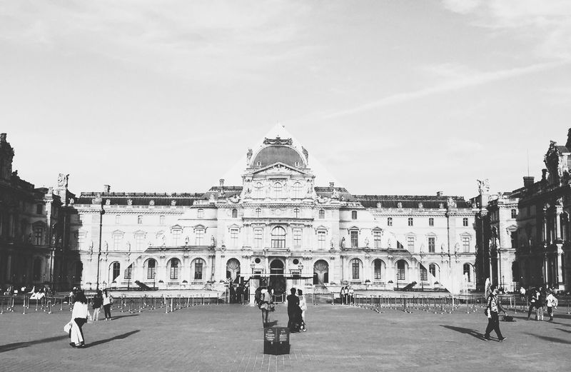 Louvre Paris Pyramide Du Louvre Tourist Blackandwhite Shadow