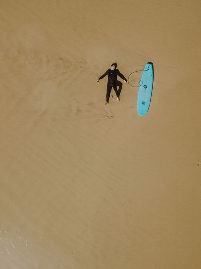 A will to surf | DJI Mavick Pro Sand Real People Beach One Person Men Day Vacations Full Length Outdoors Nature Sand Dune People Ocean Surfboard Protugal Surfer Surf Drone  Above Ashore Lost In The Landscape Perspectives On Nature