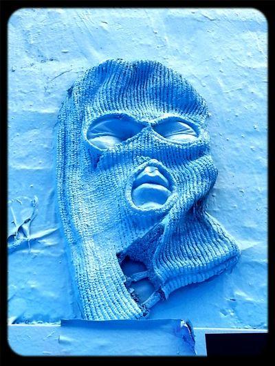 Streetart Will Coles Mask Buffed