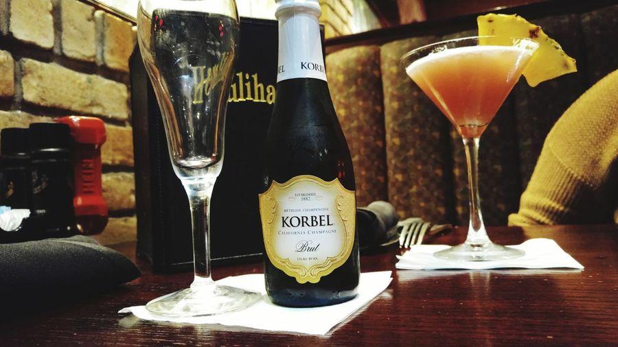 Korbel Champagne Drinks Martini Glass Champagne Glasses Alcohol Dinner Cocktail Cocktails Restaurant Bottle Houlihans Girls Night Out