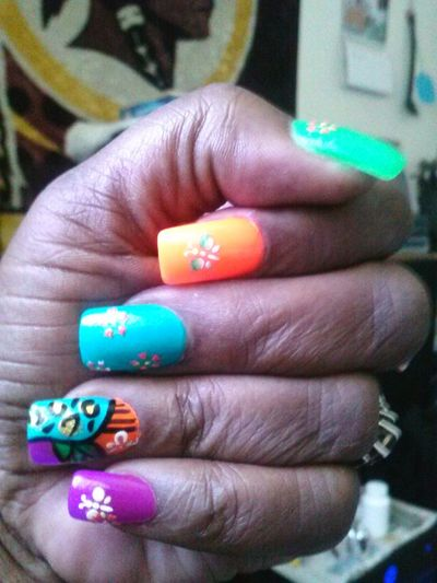 Fancy & Stylish Nails