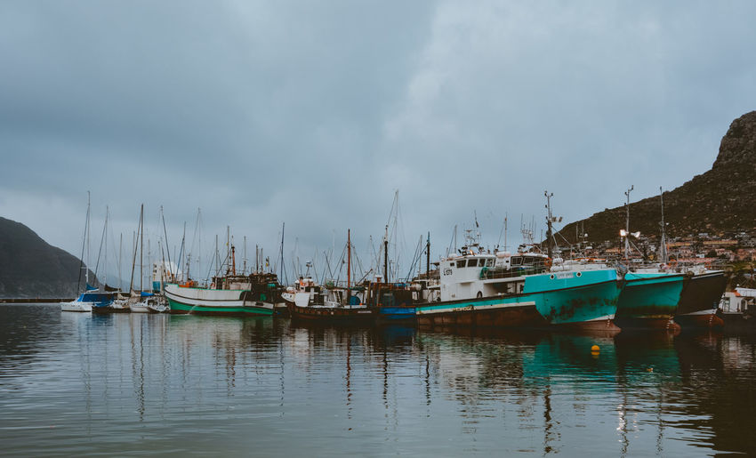 cloudy day for sailing. sometimes, cloudy and moody skys are the best you can ask for a photo. Boat Cloud Fishing Fishing Boat Harbor Moody Sky No People Ocean Sailboat Sailing Scenics Sea Seascape Sky Tranquil Scene Tranquility Water