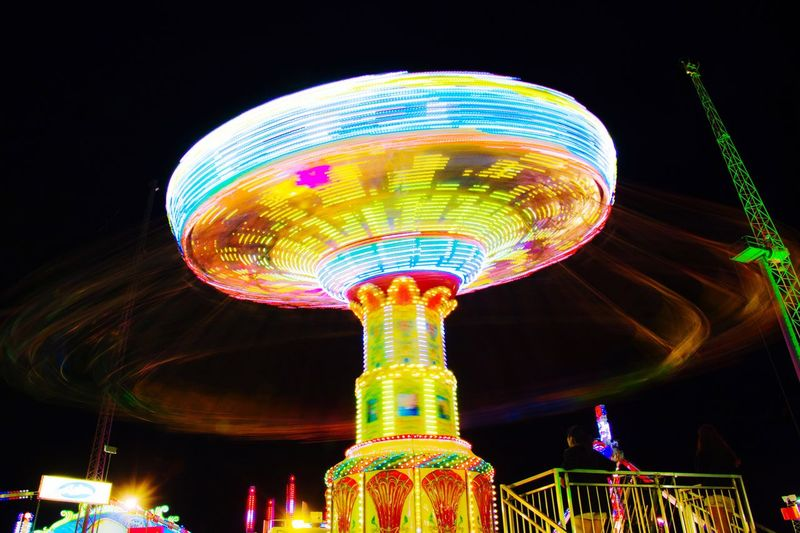 Creative Light And Shadow Check This Out Taking Photos Long Exposure Slow Shutter Spinning Ferris Wheel