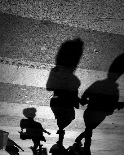 Streetphotography Streetphoto Streetphotography_bw Streetphotogapher Urbanlife Streetlife Street_photo_club Blackandwhite Bnw Allbnwshots