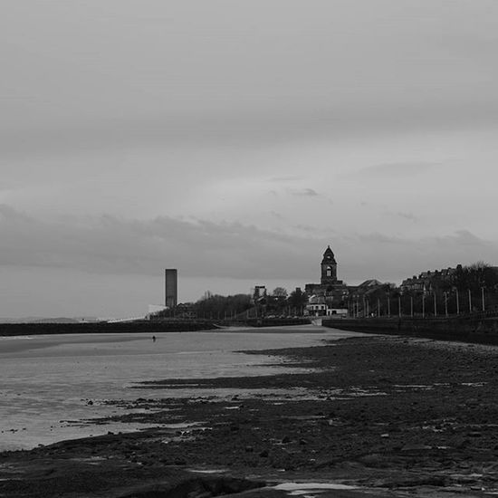 Last one for today! Wallasey town hall. Igersmersey Ig_global_bw Ig_liverpool Bw Photography Bnw_rose Thehub_bnw Estuary Wirral Bw Photography Bw_visions Bs_world Amateurs_bnw Bnw_rose Blackandwhite Architecture Bnw_ Blackandwhitephotography Bnw_lombardia Liverpoolstatues Postcodeliverpool Sonyalpha Sonyphotography SonyA5000 Bs_world Sonyalphasclub