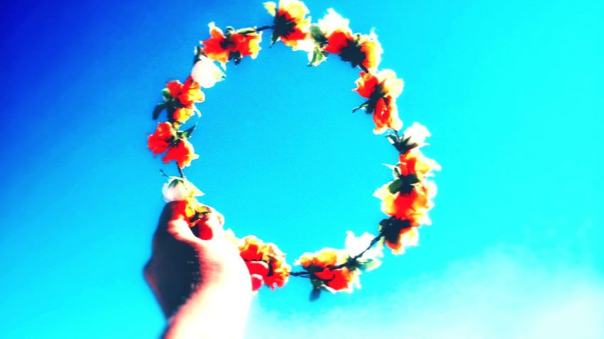 """""""Holding my hands up to the sky, now I can see the reason why I'm alive!"""" Blue Sky Flowers Life LoveYourSelf ♥ CleanSky Blue Sky Alive"""