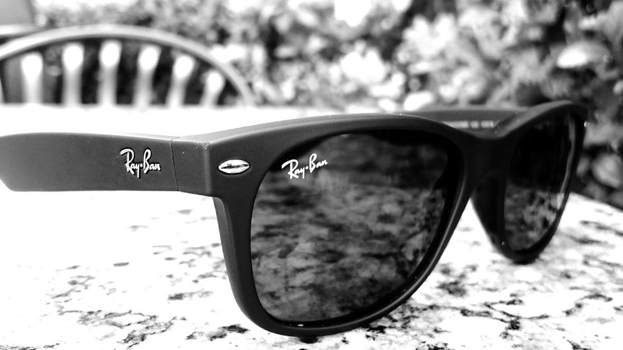 Taking Photos Walking Around Sun Glasses Backgrounddefocus Sony Xperia Z3
