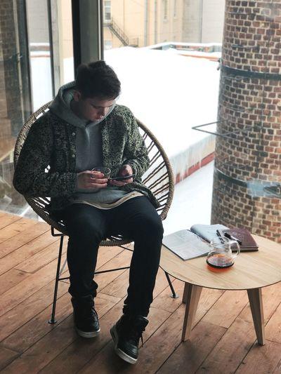 Такое классное место, как coffee3 переехало в новую локацию и это по-настоящему легендарное событие. Почему легендарное? Потому что мой офис или точнее каворкинг центр - это абсолютно всегда кофейни (ладно, иногда бары) и когда есть такое прекрасное место, то работать становится в радость.) Petrogradskaya District Saint Petersburg Tea Coffee One Person Full Length Young Adult Sitting Casual Clothing Young Men Window