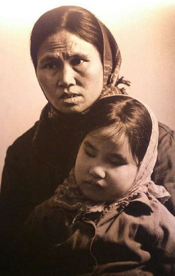 Orange Agent Vietnam War Era Mum And Child Survival Togetherness Black And White Friday Press For Progress
