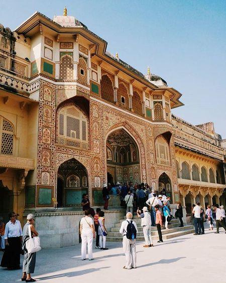 Day 8 India, went to Amber Fort. Amberfort Jaipur India Indiatravel Takhta2india Takhtastudio