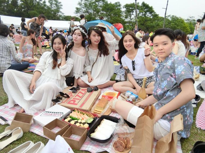 What fun it is to have to picnic on such fine day! Vouge 風格 野餐 日 Taipei,Taiwan