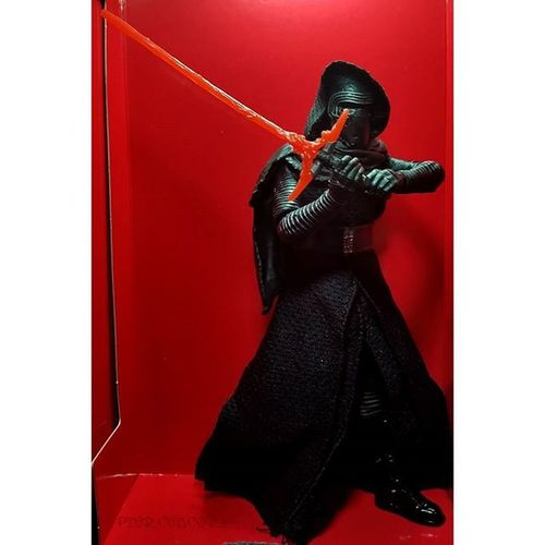 He's really nice! And with this joy I go back to bed for a few hours ForceAwakens KyloRen Happyforcefriday