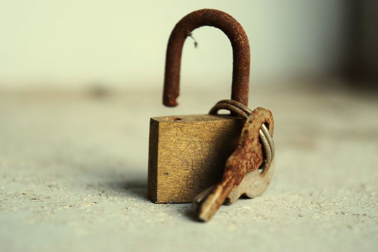 Secrets Revealed Key Lock Unchain Photography Focus Unchain My Heart Unchain The Love Metal Key Ring