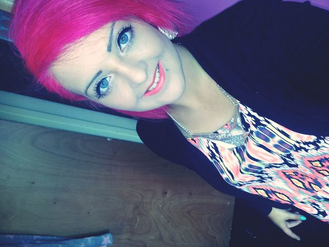 Ages Ago Bright Hair LOVE Pink!  Bright Outfit