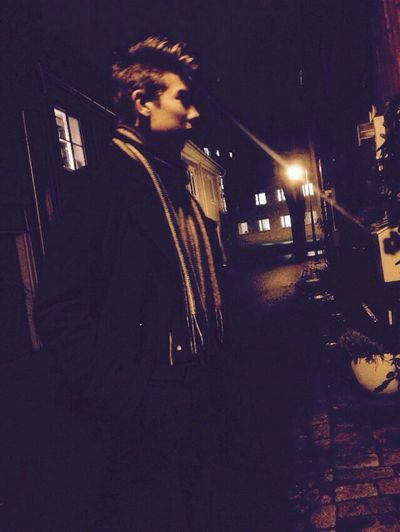 TBT till den dag jag, Oscar och Arvid försökte ha fotosession i mörkret, som ni ser blir det inte bra när man ska ta kort utomhus klockan 4 i november Mörk