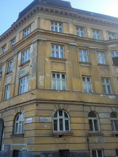 Brno Czech Republic Abandoned Buildings Historic Center Vilatugendhat Trueaslife Poorness Behind The Luxuries Brno Is Not Europe Brno Is Corruption