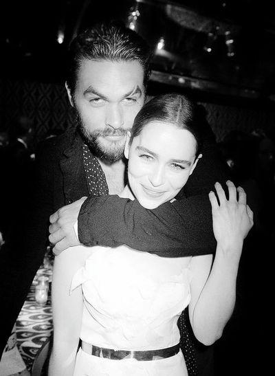 Game Of Thrones The Song Of Ice And Fire Emiliaclarke Daenerys Daenerystargaryen Got Westeros  Khaleesi Khaldrogo Jasonmomoa