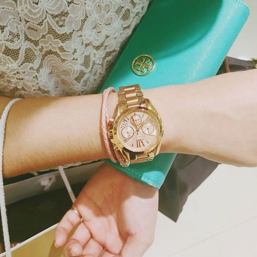 Toryburch Michaelkors 😚 ⌚ Love ♥ Beautiful Day I Like Rose🌹 Rose Gold Watch
