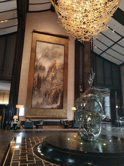 Illuminated Taking Photos Hanging Out Mobile Phone Photography Nubia Z11 Black Gold Mobile Phone Edenmandom Architecture Wanda Vista Hotel Lobby, Hefei, China.