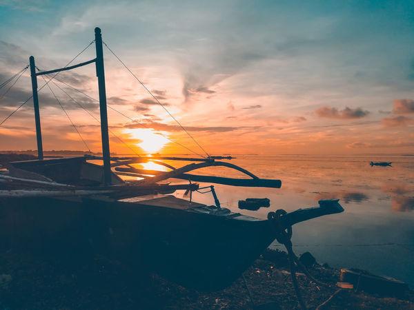 """Boat Silhouette"" Sunrise Silhouette Sunrise_Collection Sillhouttes And Sky Sunrise_sunsets_aroundworld Sailboat Calm Sunrise Morning Light Seascape EyeEm EyeEm Best Shots EyeEm Nature Lover EyeEmNewHere EyeEm Gallery EyeEm Selects EyeEmBestPics EyeEm Best Edits Eyeemphotography EyeEm Best Shots - Nature EyeEm Best Shots - Sunsets + Sunrise Eyeem Market Sunset Cloud - Sky Water Sky Sea No People Silhouette Summer Nature"