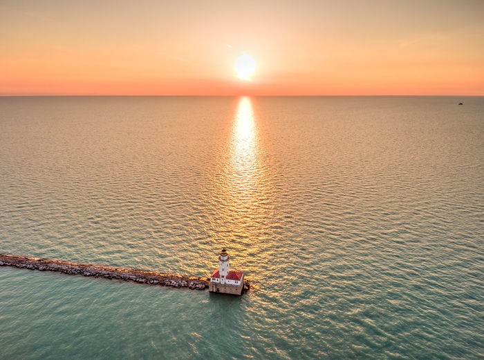 Chicago Lkae Michigan Lighthouse Chicago Chicago Architecture Sunrise Sunrise_sunsets_aroundworld Sunrise_Collection Lake Michigan Lit