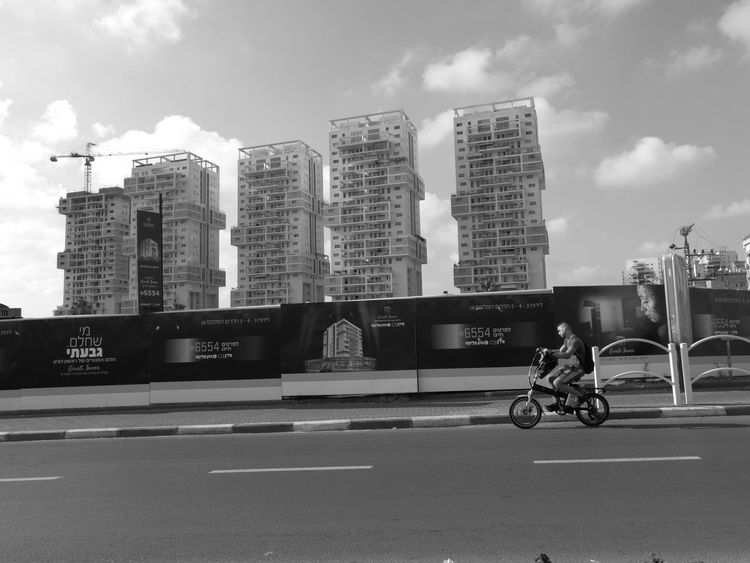 On the wey Photography Themes Good Morning Huawei P10 Plus Buildings & Sky Electric Bycicle Huawei Shots Rishon LeZiyyon Rishonlezion Israel Israel_best Live For The Story The Street Photographer - 2017 EyeEm Awards
